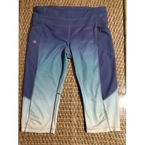 Athleta crop capri leggings reflectors